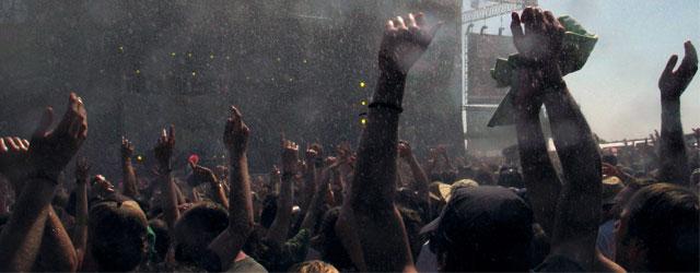 Festival trotz schlechtem Wetter genießen aktuelle Trends