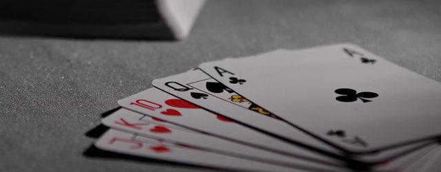 Du spielst gerne ein wenig Poker und träumst davon einmal beim größten Turnier der Welt dabei zu sein? Dann zeigen […]