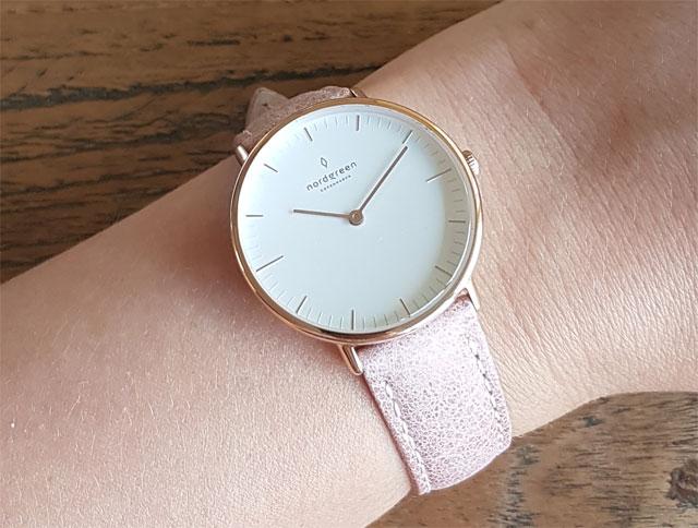 Nordgreen Native Uhr tragen