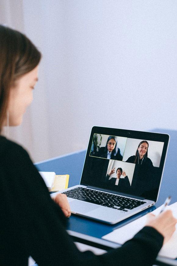 Corona Lehren Videocall Digitalisierung